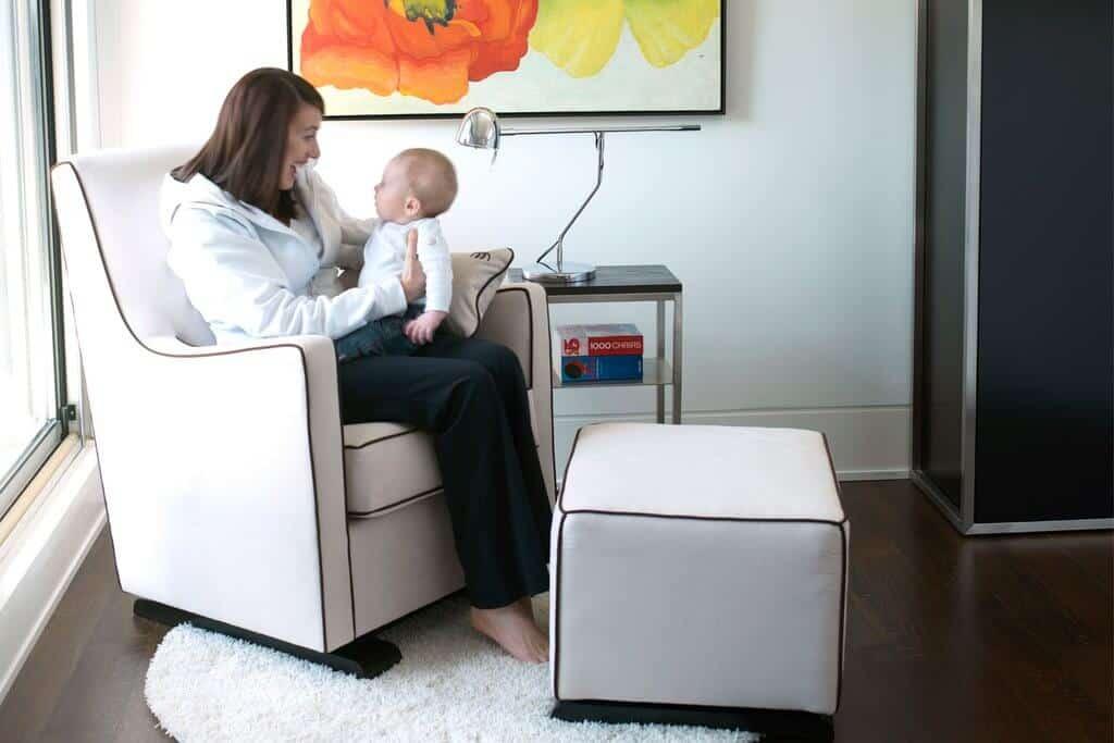 Superb The 10 Best Nursing Gliders To Buy 2019 Littleonemag Creativecarmelina Interior Chair Design Creativecarmelinacom
