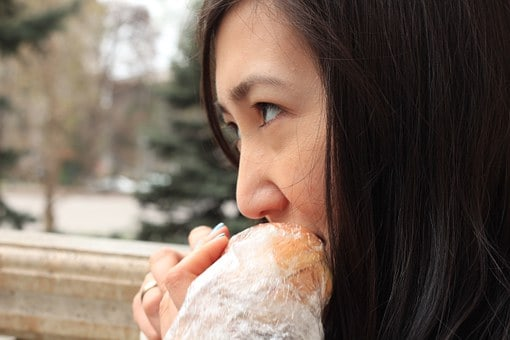 Eating Hot Dogs When Pregnant – Is it Safe?