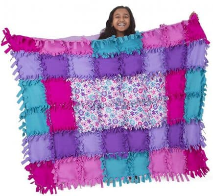 Melissa & Doug Created by Me! Flower Fleece Quilt No-Sew Craft Kit