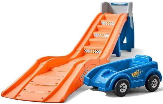 Step2 Hot Wheels Extreme Thrill Coaster Ride-On