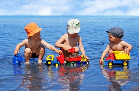 The Best Beach Toys for Kids for a Great Beach Holiday