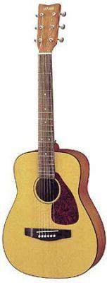 Yamaha FG JR1 ¾ Size Acoustic Guitar with Gig Bag