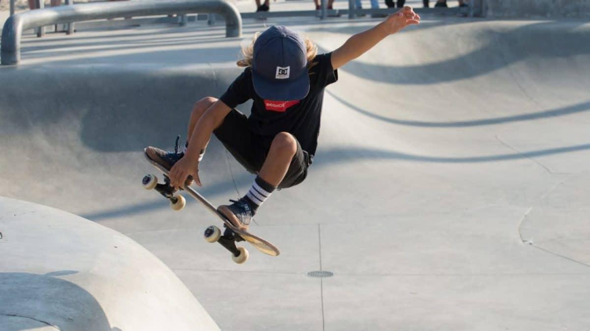 Vtech vrolijke vriendjes KRIS incontrato Skateboard