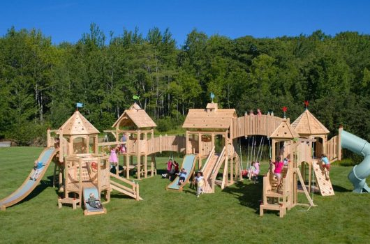 Best Outdoor Playsets for Kids 2020