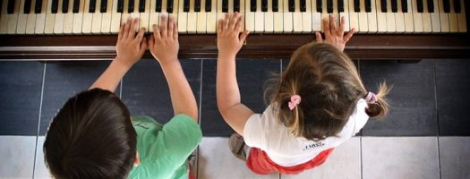 Best Pianos for Kids 2021