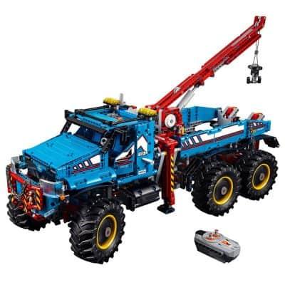 LEGO Technic 6x6 All Terrain Tow Truck Building Kit