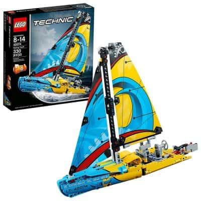 LEGO Technic Racing Yacht Building Kit