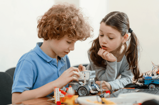 Best STEM toys for Kids to Give Them a Head Start