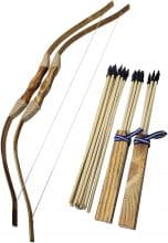 Adventure Awaits! Bow and Arrow Set