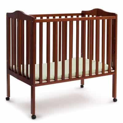 Delta Portable Mini-Crib