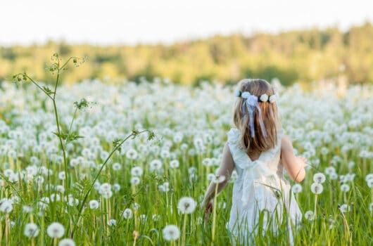 48 Baby Names That Mean Flower